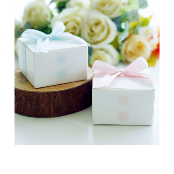 Classic Cubic paper Favor Boxes (Set of 10)