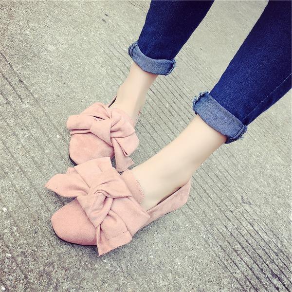 Kvinnor Konstläder Flat Heel Platta Skor / Fritidsskor Stängt Toe med Bowknot skor