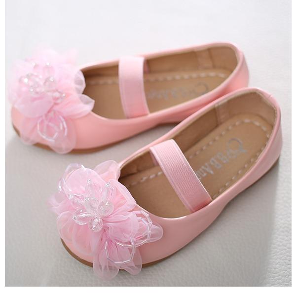 Mädchens Geschlossene Zehe Leder Flache Ferse Flache Schuhe Blumenmädchen Schuhe mit Satin Schleife Kristall