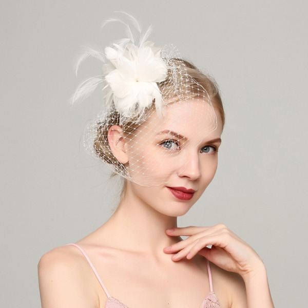 Dames Mode Feather/Fil net avec Feather Chapeaux de type fascinator
