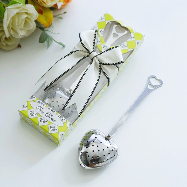 Lovely Heart Shaped Metal Creative Gifts With Ribbons