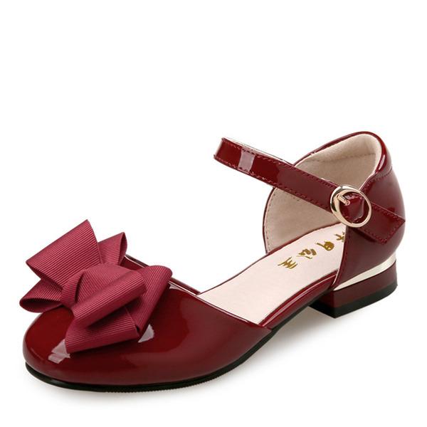 Fille de bout rond Bout fermé Cuir verni talon plat Sandales Chaussures plates Chaussures de fille de fleur avec Bowknot