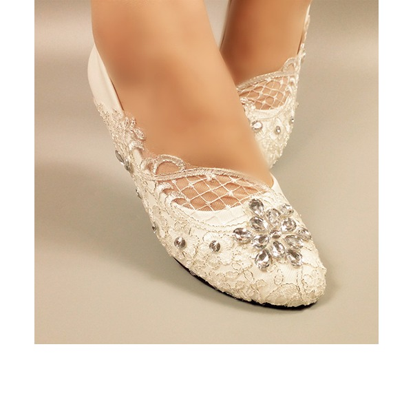 Vrouwen Kunstleer Flat Heel Closed Toe Pumps met Strass Stitching Lace