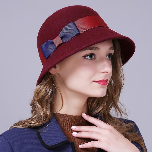Damer' Glamorösa/Elegant/Enkel/Iögonfallande/Snygga/tappning utformar Ull med Bowknot Diskett Hat