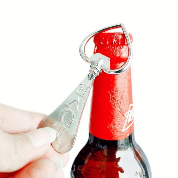 W kształcie serca W kształcie serca Stop cynkowy Otwieracze do butelek