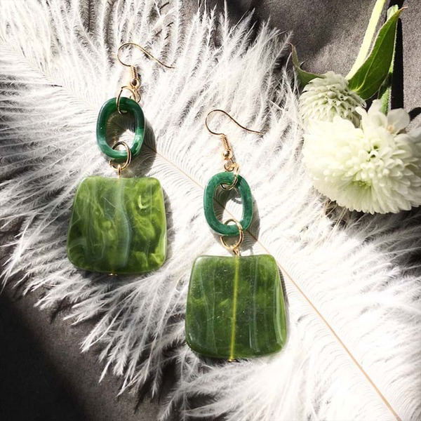 Beautiful Alloy Resin Women's Fashion Earrings (Set of 2)