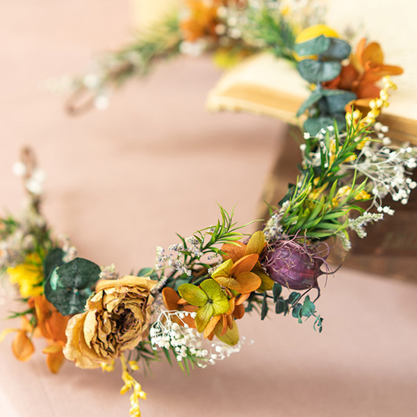 Classic Round Dried Flower Headdress Flower (Sold in a single piece) - Headdress Flower