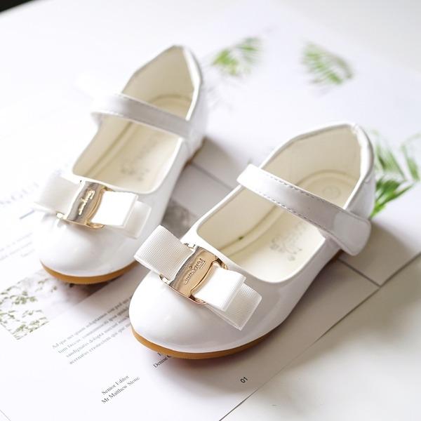 A menina de Toe rodada Fechados imitação de couro Heel plana Sem salto Sapatas do florista com Fivela Velcro