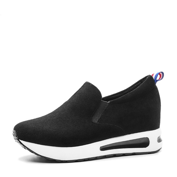 Women's Suede Sneakers & Athletic