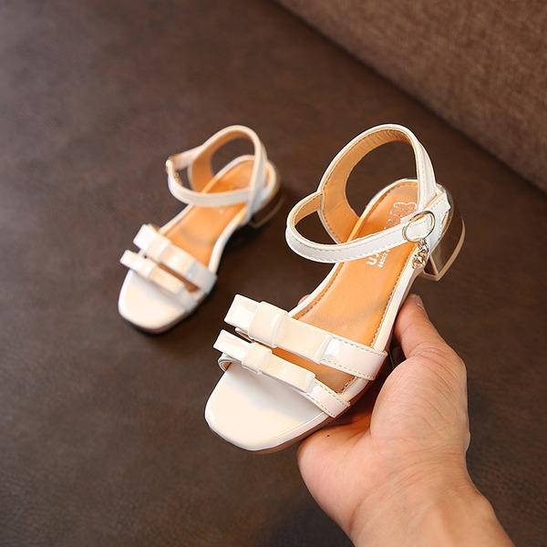 A menina de Peep toe imitação de couro Heel plana Sandálias Sem salto Sapatas do florista com Bowknot