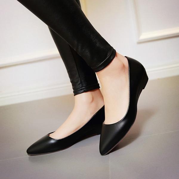 Женщины кожа Вид каблука На каблуках обувь