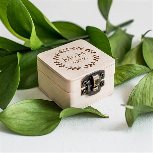 Elegant/Chic/Classic Ring Box in Wood