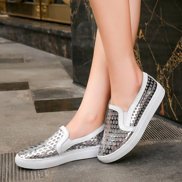 Women's Patent Leather Flat Heel Flats With Hollow-out shoes